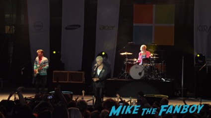 neon trees live in concert microsoft store opening hawaii