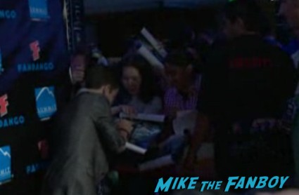 Summit Entertainment Party Comic Con asa butterfield signing autographs rare