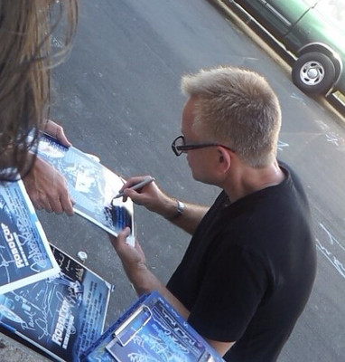 Ed N. Signing autographs