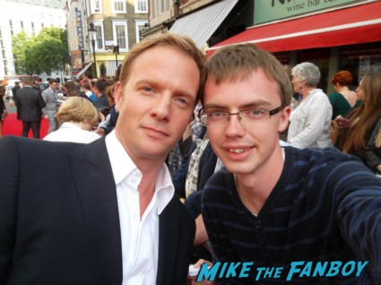 Rupert Penry Jones signing autographs charlie and the chocolate factory theater premiere london red carpet (3)