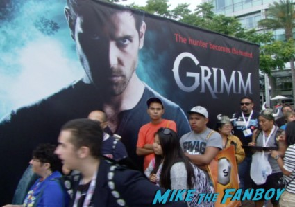 grimm SDCC fan experience signing autographs