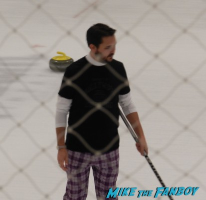 wil wheaton at hollywood curling in valencia with kristy swanson wil wheaton tracey gold