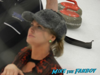kristy swanson at hollywood curling in valencia with kristy swanson wil wheaton tracey gold
