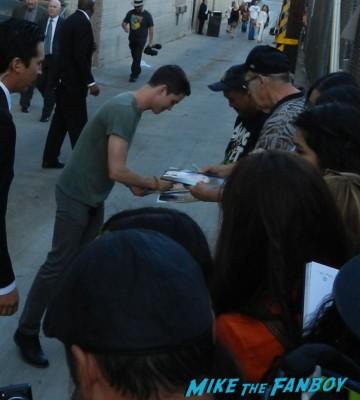 logan lerman signing autographs for fans jimmy kimmel live 016