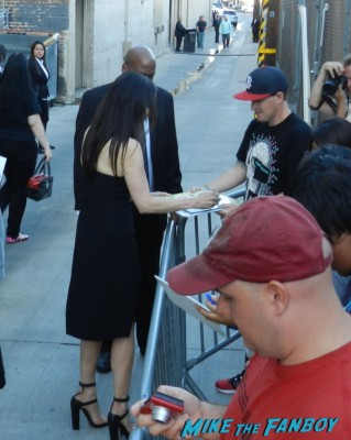 mary louise parker signing autographs hot sexy weeds star kimmel 049