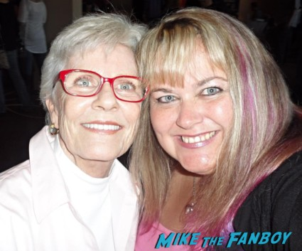 patty_duke signing autographs for fans photo rare now 2013 promo chiller festival