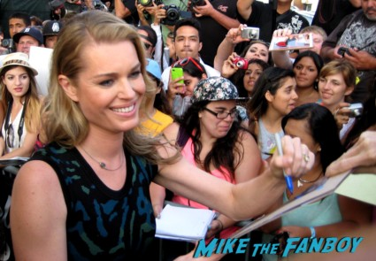 Rebecca Romijn signing autographs for fans at jimmy kimmel live rare