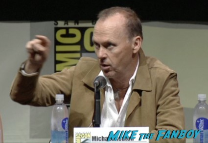 Michael keaton at the robocop panel san diego comic con 2013 michael keaton samuel l jackson abbie cornish (2)