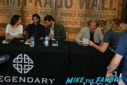 seventh son autograph signing with jeff bridges kit harrington ben barnes  legendary booth san diego comic con 2013 signing autographs day 1 136