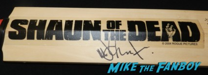 nick frost signed autograph shaun of the dead cricket bat rare promo san diego comic con 2013 signing autographs day 1 208