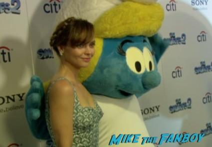 sexy christina ricci at the smurfs 2 new york movie premiere red carpet christina ricci hank azaria (5)
