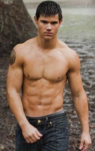 taylor lautner naked shirtless photo shoot hot promo twilight jacob black