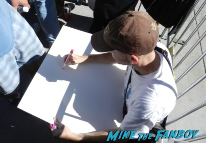 the conjuring premiere lili taylor signing autographs vera farmi 001