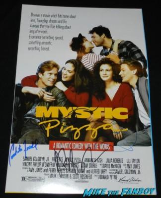 Julia Roberts Annabeth Gish lili taylor signed autograph mystic pizza signed autograph poster rare