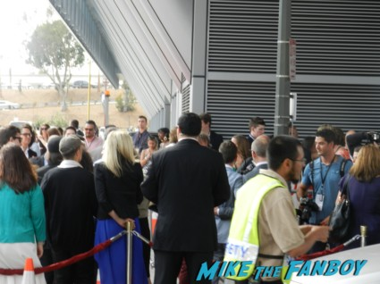 steve carell ignoring the fans for fans way way back premiere toni collette signing autographs rare 006