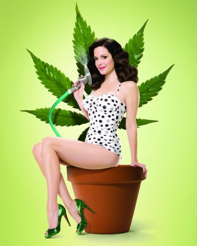 weeds star mary louise parker pin up nancy botwin promo photo hot