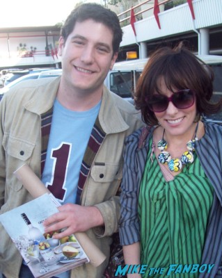 Parker posey signing autographs for fans rare promo party girl star rare
