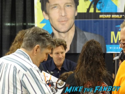 andrew mccarthy signing autographs at Wizard World Comic Con Chicago 2013 rare promo