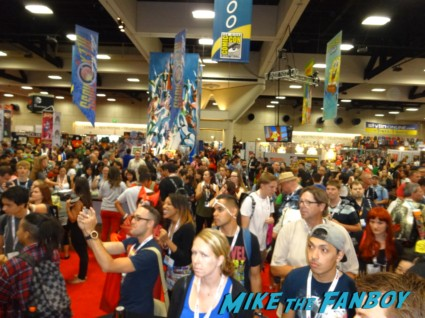 Crowd at the agent carter autograph signing at comic con