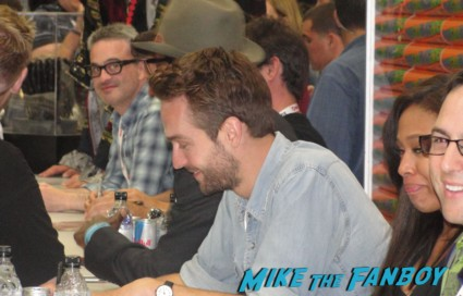 Tom Mison Sleepy Hollow Cast autograph signing rare promo