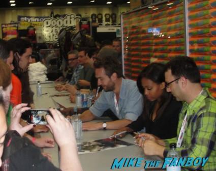 Tom Mison Sleepy Hollow Cast autograph signing rare promo http://www.mikethefanboy.com/veronica-mars-autograph-signing-sdcc-jason-dohring-ryan-hansen-tina-majorino-enrico-colantoni/