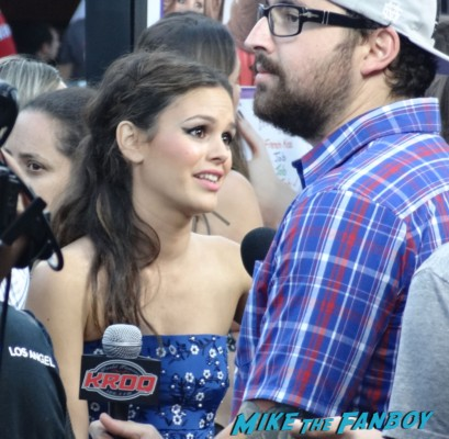 rachel bilson hot sexy on the red carpet to do list movie premiere