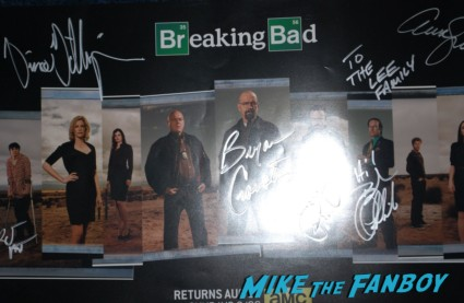 breaking bad logo beaker sdcc 2013 promo party bryan cranston signed walter white figure sdcc exclusive bryan cranston signing autographs at sdcc breaking bad signed autograph