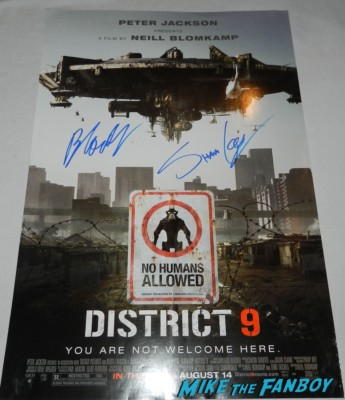 Sharlto Copley Neill Blomkamp signed autograph District 9 mini movie poster