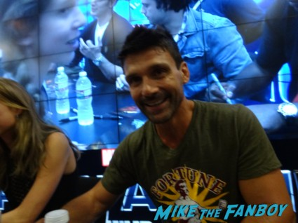 Frank grillo Anthony and Emily anthony mackie signing autogaphs captain america: The Winter soldier signgin Cap's ride san diego comic con rare captai america The Winter soldier motorcycle chris evans