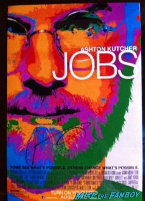 ashton kutcher signed autograph jobs mini poster rare promo Ashton kutcher signing autographs for fans jobs movie premiere la live rare