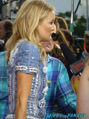 kate Hudson on the red carpet for HBO's Clear History