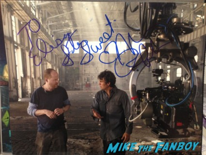 Mark Ruffalo signed autograph avengers promo photo rare the hulk mark ruffalo Mark Ruffalo fan photo signing autographs for fans the normal heart television movie