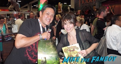 Evangeline lilly at san diego comic con lost star alyssa milano book signing at san diego comic con 2013 rare
