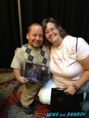 Ed Gale fan photo singing autographs for fans rare promo firefly q and a fanfest