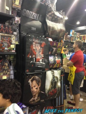 WB bags Alien Lego at Wizard World Comic Con chicago 2013 rare