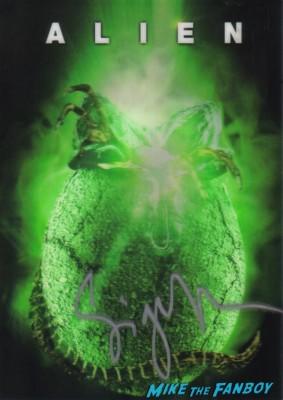sigourney weaver signed autograph alien promo lenticular rare hot promo Sigourney Weaver At James Cameron's Walk of Fame Star Ceremony