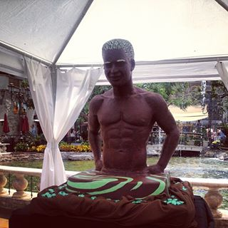 mario lopez made out of chocolate for Dove