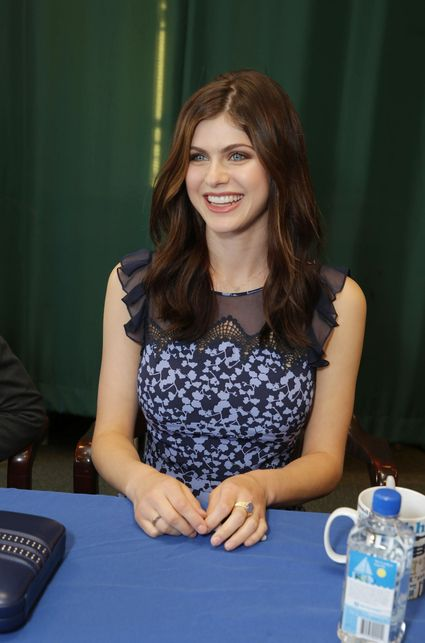 Alexandra Daddario on the red carpet at the percy jackson sea of monsters fan screening