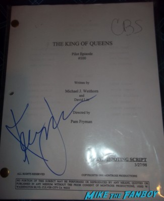 Kevin James signed The King of Queens script rare Kevin James signing autographs for fans the king of queens star paul blart mall cop