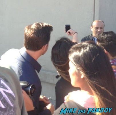Jason Sudeikis signing autographs for fans at jimmy kimmel live hall pass we are the millers star