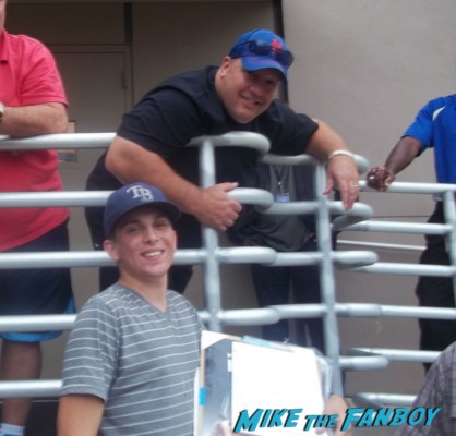 Kevin James signing autographs for fans the king of queens star paul blart mall cop
