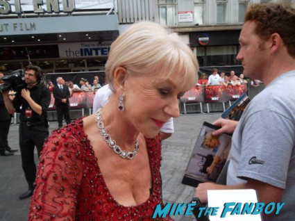 Helen Mirren signing autographs at the red 2 european movie premiere red carpet mary louise parker helen mirren (20)
