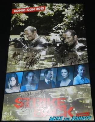 strike back cast autograph signing san diego comic con