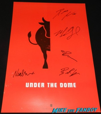 Under the dome cast signed autograph mini poster Under the dome cast autograph signing san diego comic con sdcc 2013 mike vogel hot sexy rare