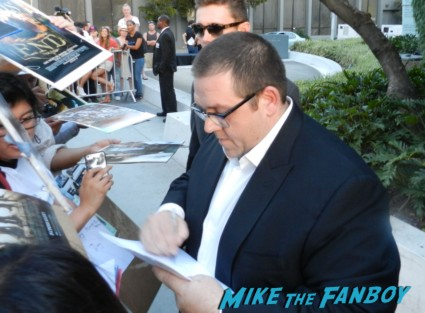 Nick Frost signing autographs at the the world's end movie premiere simon pegg signing autographs 025