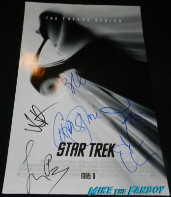 simon pegg john cho chris pine zachary quinto zoe saldana signed autograph star trek mini poster signed autograph