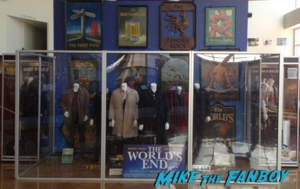 the world's end prop and costume display hollywood shaun of the dead hot fuzz (7)