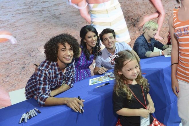 Teen Beach Movie Cast Signing At D23! Ross Lynch! Maia Mitchell! Garrett Clayton! Grace Phipps! Jordan Fisher! And More!
