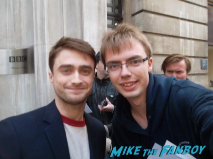 Daniel Radcliffe signing autographs for fans bbc radio 1