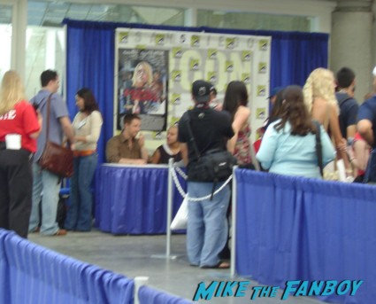 Veronica Mars cast autograph signing comic con Jason Dohring & Francis Capra